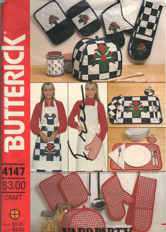 Butterick 4147 Apron Kitchen Accessories Pattern - Click Image to Close